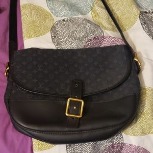 Louis Vuitton Shoulderbag